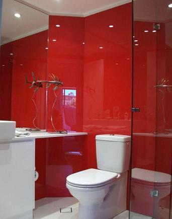 sticla colorata baie